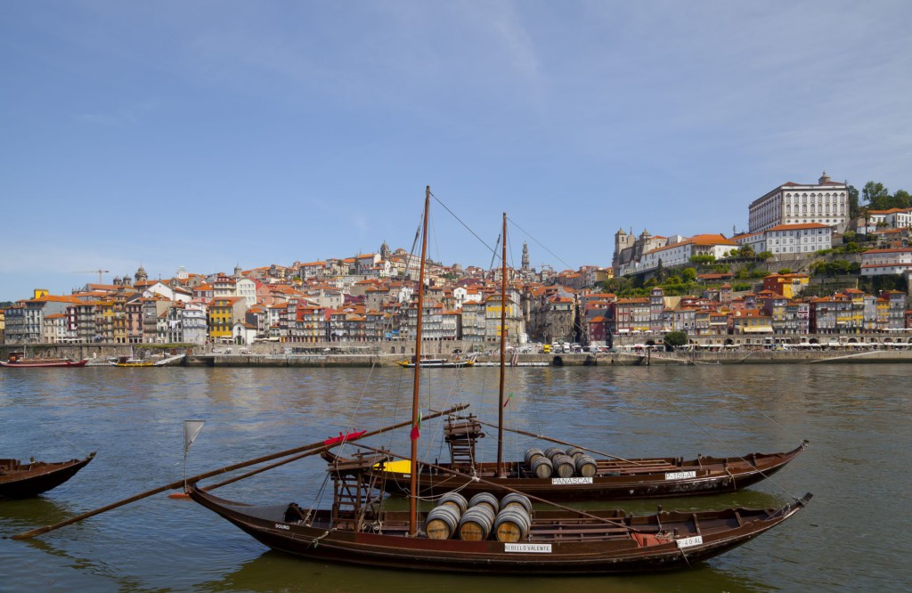 Rabelos_na_rece_Douro_Vila_Nova_de_Gaia