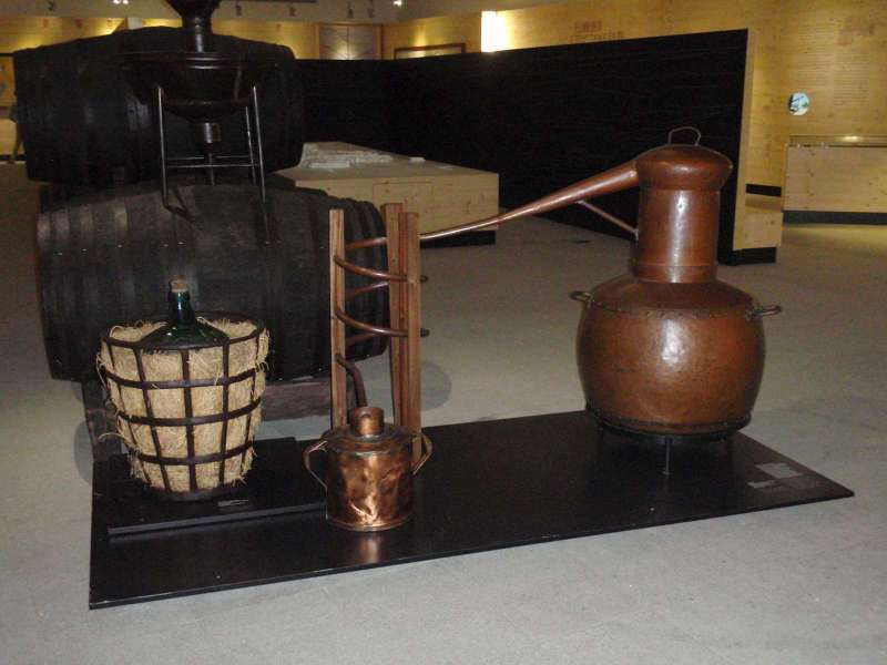 Zařízení na výrobu vinné pálenky