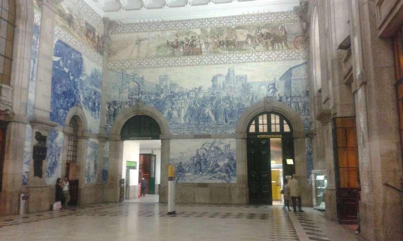 Nástěnné malby na nádraží Sao Bento