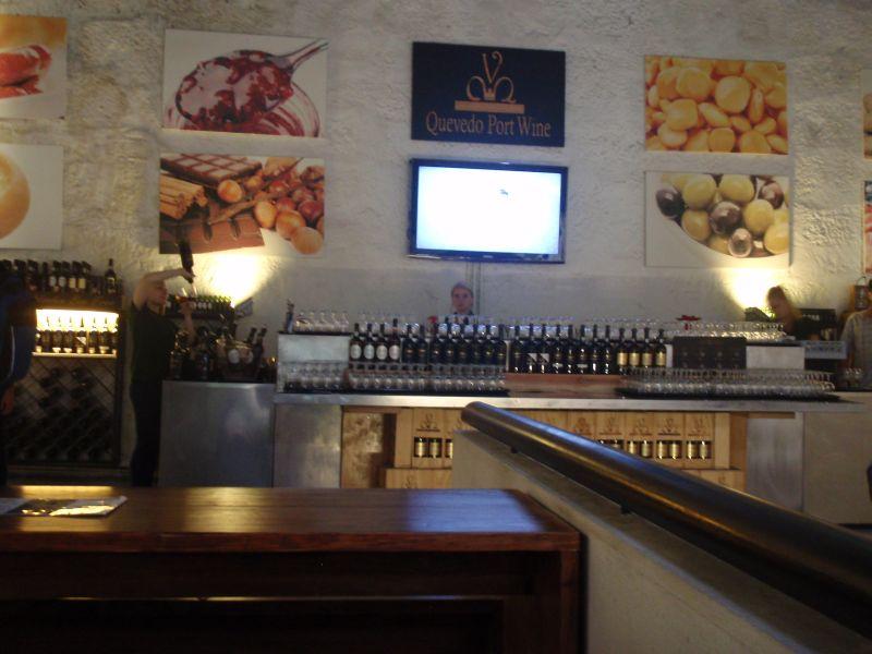 Bar v Quevedu s bohatým výběrem