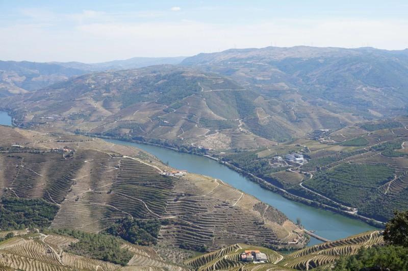 Vyhlídka na celé údolí ze São Leonardo de Galafura, co vy na to?