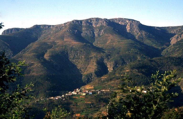 Pohoří Marao (zdroj: panoramio.com)
