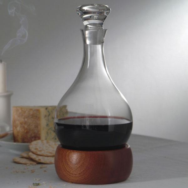 """Karafa """"hoggit"""" (zdroj: wineware.co.uk)"""