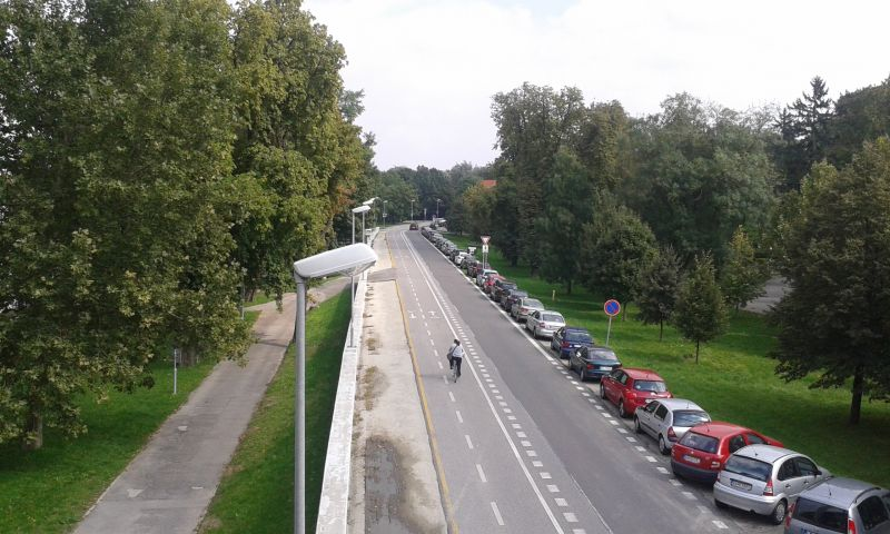 Cyklostezka kolem Dunaje - bezva rovinka vede až do Maďarska
