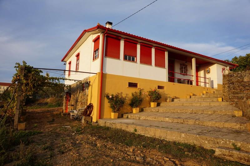 Naše podvečerní Casa da Vinha Grande Al. Sofie při rekonstrukci zachovává její autentický venkovský styl. Za toto bydlení dávám palec nahoru!