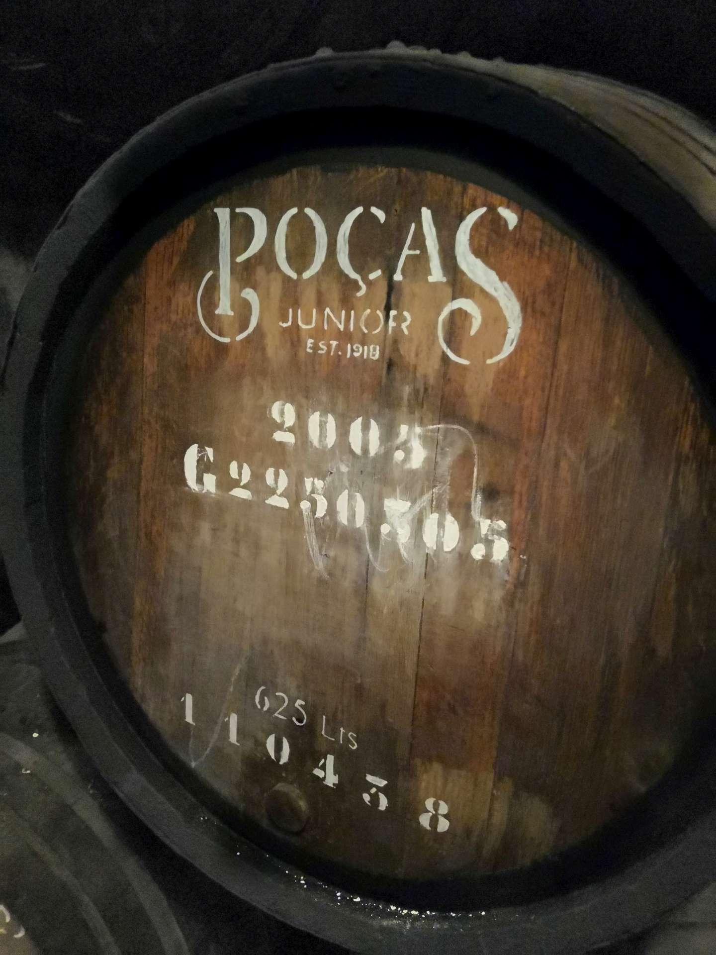 Tady se chystá jistě vynikající Colheita. Jsme ve vinařství Poças Júnior.