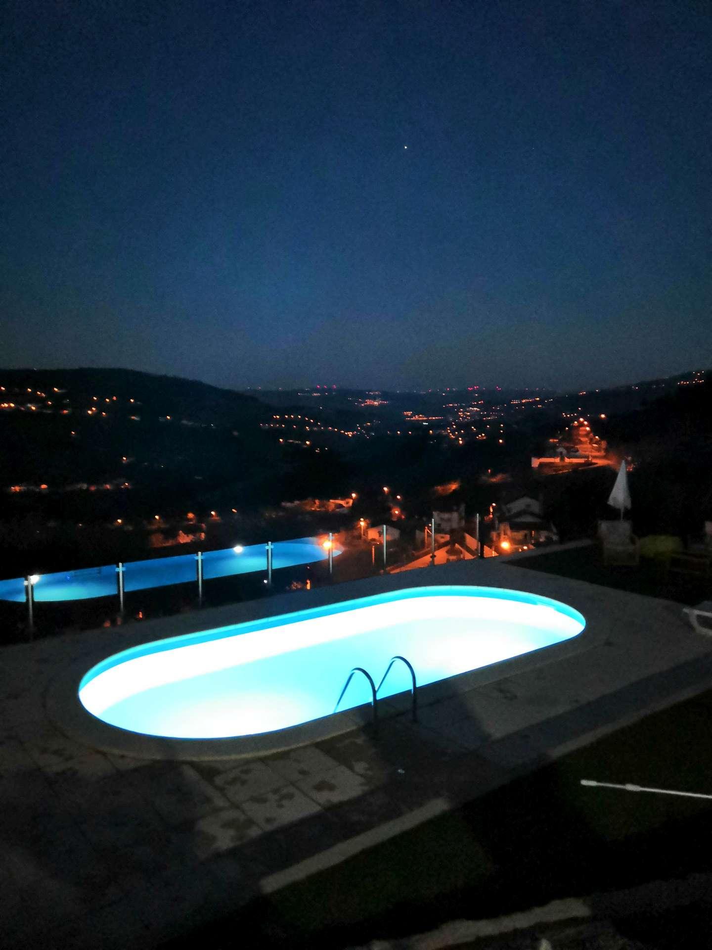 Tuhle fotku sem dávám záměrně. Znamená poslední noc v Sedielos a zároveň konec našeho červnového Výletu za portským.