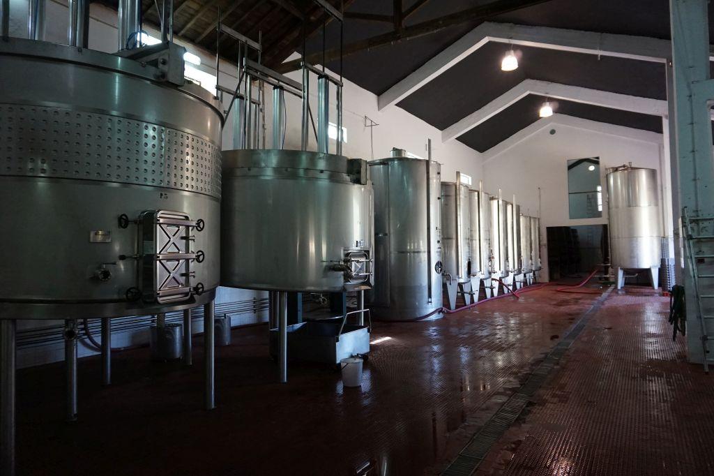 Nerezové tanky na uskladnění mladého portského vína